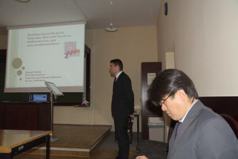 Photo no. 7 (10)                                 	                                   Before the Defence of the Thesis / zdjęcie: Mateusz Reczyński
